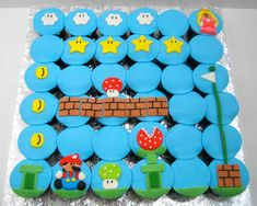 These Mario Brothers cupcakes would be awesome for a kids b-day party