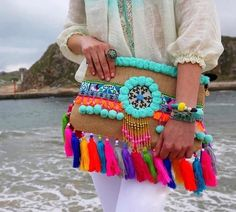 Toscana New Collection!☀️ibiza Bag☀️A tribute to the Most Special Island in the World! Diy Tote Bag, Diy Clutch, Ethnic Bag, Trendy Handbags, Eco Friendly Fashion, Boho Bags, Jute Bags, Fabric Jewelry, Crochet Bags