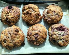 Delicious blackberry, lemon and white chocolate scones, perfect for using up your blackberry crop in a tempting bake