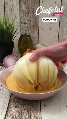 Tasty Videos, Food Videos, Appetizer Recipes, Appetizers, Blooming Onion, Deli Food, Food Garnishes, Creative Food, Food Hacks