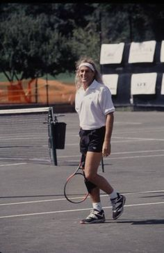 Michael Bolton playing tennis...way back when !!