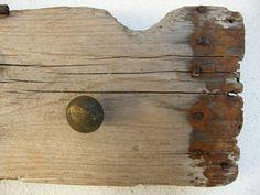Driftwood rack Upcycled vintage drawer knobs on by antartiste, €28.00