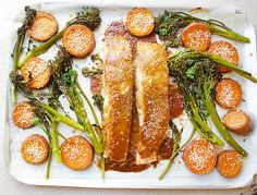 Salmon, sweet potato and greens. Jessica Sepel's one pan Japanese-inspired salmon recipe is full of nutrients and flavour, and it'll save on washing up. Healthy Cooking, Healthy Dinner Recipes, Healthy Eating, Cooking Recipes, Healthy Meals, Healthy Food, Paleo Dinner, Healthy Options, Healthy Tips