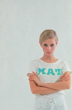 Nice subject placement. Twiggy