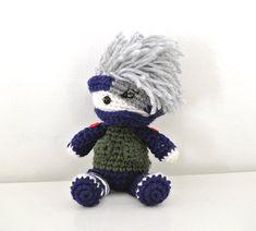Kakashi from Naruto Shippuden amigurumi Crochet Home, Knit Or Crochet, Cute Crochet, Naruto Amigurumi, Amigurumi Doll, Crochet Phone Cover, Kawaii Crochet, Anime Crafts, Crochet Dollies