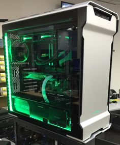 Ubiquibuild's Completed Build - Core i7-6700K 4.0GHz Quad-Core, GeForce GTX 1080 8GB Founders Edition, Enthoo Evolv ATX Glass ATX Mid Tower - PCPartPicker
