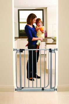 Dreambaby Dawson Auto Close Security Gate w/ Stay Open Feature >>> Amazing product just a click away  : All pet supplies
