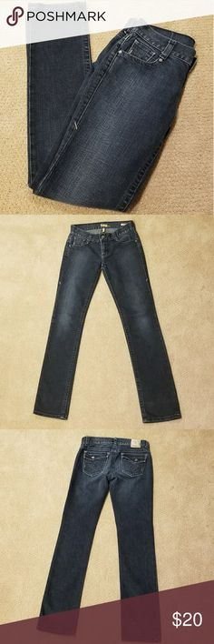 Tag Jeans Stretch Excellent condition. Straight/Slight Boot Cut Stretch jeans. Size 28. 33 inch inseam. Tag Jeans Jeans Boot Cut