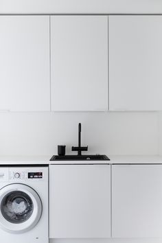 inspiraatio / designstudio piia Modern Laundry Rooms, Laundry Room Design, Laundry In Bathroom, Küchen Design, House Design, Scandinavian Style Home, Laundry Room Inspiration, Laundry Room Remodel, Pantry Design