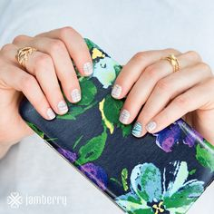 Jamberry Nails June Sister's Style Exclusive Between the Lines. ONLY available for June 2015 so get yours before it's gone for good!