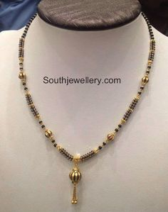 gold mangalsutra with earrings Gold Chain Design, Gold Jewellery Design, Gold Mangalsutra, Mangalsutra Design, Long Pearl Necklaces, Pearl Jewelry, Gold Earrings Designs, Gold Designs, Ring Designs