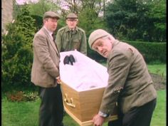 Episode Getting Sam Home - Took Sam out of the shed so his kin could get the tools. British Sitcoms, British Comedy, Last Of Summer Wine, Benny Hill, Uk Tv, Wine Collection, Vintage Wine, Best Tv Shows, Comedians
