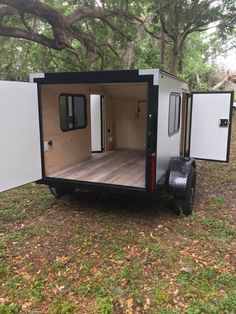 WEE ROLL – mini campers, small travel trailers, affordable campers, offroad tear… – Famous Last Words Cargo Trailer Camper, Small Camper Trailers, Cargo Trailer Conversion, Small Travel Trailers, Overland Trailer, Small Campers, Utility Trailer, Offroad Camper, Trailer Tent