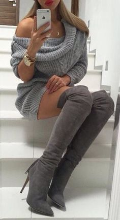 Gray Over Knee Boots Outfit With Comfy Sweater Dress - Classy Outfits Mode Outfits, Fall Outfits, Fashion Outfits, Sexy Winter Outfits, Winter Clothes, Outfits With Boots, Christmas Outfits, Outfit Summer, Skirt Outfits
