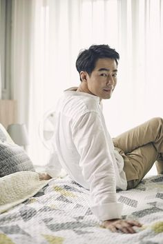 Korean Star, Korean Men, Asian Actors, Korean Actors, A Frozen Flower, Korea University, Jo In Sung, Jung Il Woo, Gatos