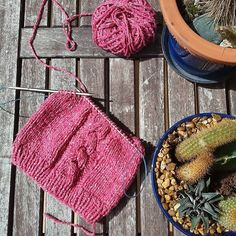 Reshare: : @crafty.pam Just love to knit. This yarn is awesome! #indus #knittersofinstagram #knitforkids #knit #love #yarnaddict #adrlanas #beanie #addifriends #addineedles