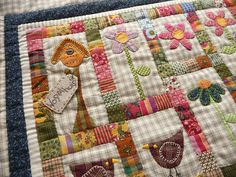 Miniature Quilt - Garden: this would be a fast and fun small project to keep the quilt juices flowing. Small Quilts, Mini Quilts, Baby Quilts, Quilting Projects, Sewing Projects, Country Quilts, Miniature Quilts, Doll Quilt, Quilted Wall Hangings