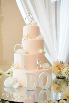 Beautiful light pink wedding cake cute bridal shower cake :) love the rings Wedding Wishes, Our Wedding, Dream Wedding, Wedding Bride, Wedding Reception, Beautiful Wedding Cakes, Beautiful Cakes, Wedding Cakes With Cupcakes, Cupcake Cakes