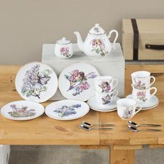 Cicely Mary Barker created her legendary fairy artwork almost a hundred years ago and the images translate beautifully to this fine porcelain tea set. At demitasse size, the pieces are larger than most children's sets, making it practical for use by all ages. Includes teapot, four cakes plates, cups, saucers, teaspoons, creamer and covered sugar bowl all tucked into a coordinating calico and travel trunk. Heirloom quality. Made in Germany by Reutter Porcelain.Note: Cases may differ in…