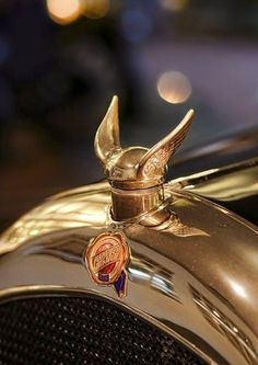 1924 Chrysler B-70 Phaeton Hood Ornament