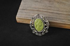 Vintage cameo pin green cameo brooch vintage brooch IH914  - pinned by pin4etsy.com