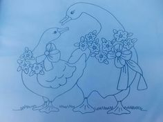Pareja  de patos Hand Embroidery Stitches, Vintage Embroidery, Hand Quilting, Embroidery Patterns, Flower Art Drawing, Plaster Crafts, Duck Art, Cute Disney Drawings, Free Stencils