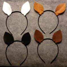 You will receive 1 horse ears headband. Color options are endless and can be completely customized. I also have options with bows in my other listings.