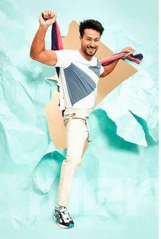 Bollywood Actors, Bollywood Fashion, Tiger Shroff Body, Tiger Love, Esports Logo, All Black Looks, Boy Images, Avengers Wallpaper, Virat Kohli