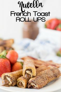 Nutella French Toast Roll-Ups - the BEST weekend breakfast ever! Delicious Cinnamon Sugar French Toast Roll-Ups filled with Nutella (or peanut butter, cream cheese Nutella Cream Cheese, Nutella Bread, Cinnamon French Toast Bake, Nutella French Toast, Breakfast Toast, Best Breakfast, Breakfast Dessert, Dessert Food, Fun Desserts