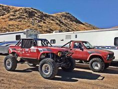 "Here is a better look at Tom Moore and Marty Manns ""brand new 1982"" Toyota. They raced at the Ultra4 Nationals and won 1st place. #3rz #1stgen #toyota #oldschool #becauseracecar #toyotasdoitbetter #yotamaster #1stplace #winner #bigwin #red #pickup #racecar #4wdto @yotamasters @lc_engineering http://ift.tt/2dG5e3u"