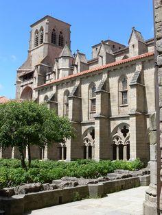 Abbatiale St Robert (XIVè) de style gothique languedocien - La Chaise-Dieu (Haute-Loire).Auvergne