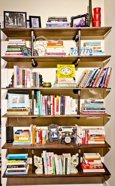 DIY pipe book shelf