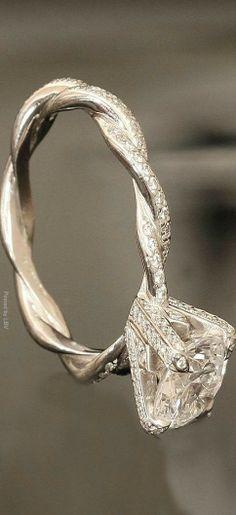 https://www.bkgjewelry.com/sapphire-ring/307-18k-yellow-gold-diamond-blue-sapphire-heart-ring.html Diamond ring | LBV ♥✤ | BeStayBeautiful