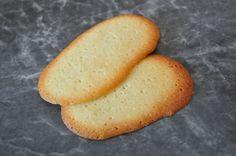 Découvrez les recettes Cooking Chef et partagez vos astuces et idées avec le Club pour profiter de vos avantages. http://www.cooking-chef.fr/espace-recettes/pains-brioches-et-viennoiseries/langues-de-chat-traditionnelles