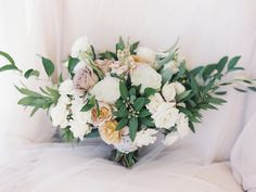 Photography : Krista A. Jones Photography   Floral Design : Sweet Root Village Read More on SMP: http://www.stylemepretty.com/2017/03/10/blending-organic-and-elegant-in-the-most-beautiful-of-ways/