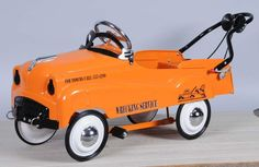 Pressed Steel Wrecker Tow Truck Pedal Car.