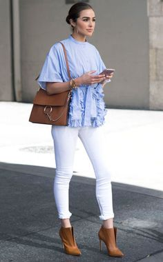Look at thoose shooooes! chic ways to wear white denim: Olivia Culpo pairs white jeans with a ruffle blue top, booties and a Chloe bag Olivia Culpo, Fashion Mode, Look Fashion, Fashion Outfits, Fashion Trends, Fashion Basics, Petite Fashion, Denim Fashion, Fashion Bloggers