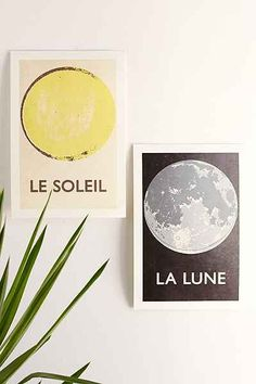 Double Merrick La Lune Art Print - Urban Outfitters