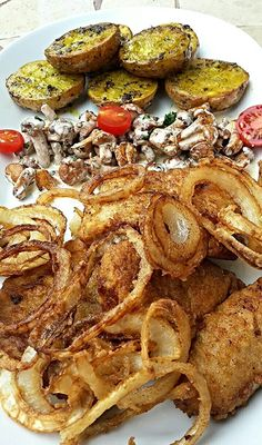 Healthy Food Options, Healthy Recipes, Hungarian Desserts, Cheesesteak, Pulled Pork, Fish Recipes, Healthy Life, Seafood, Food And Drink