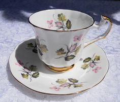 Elizabethan Tea cup with Saucer Rose Bud Made by DimitrijNigodoff