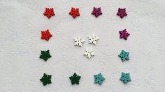 Balíček knoflíků (15 ks) Dřevěné knoflíkyve tvaru sněhové vločky se dvěma dírkami. Průměr 25 mm. Barevná kombinace a množství: Červený - 3 ks Zelený - 3 ks Bílý - 3 ks Fialový - 3 ks Tyrkysový - 3 ks Cena za balíček (15 ks). Zaslání zásilky v bublinkové nebo obyčejné obálce. Shag Rug, Kids Rugs, Home Decor, Shaggy Rug, Decoration Home, Kid Friendly Rugs, Room Decor, Rug, Interior Decorating
