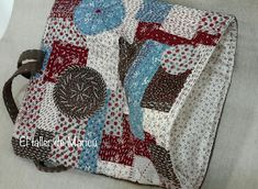 El taller de Maricú: Boro Clutch bag... Japanese Embroidery, Boro, Clutch Bag, Projects To Try, Patches, Textiles, Quilts, Purses, Blanket