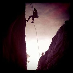 climbing/rappelling