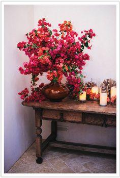 Spanish Tablescape Rancho Santa Fe Birthday Alchemy Fine Events - Amorgos Wedding - Home Decor Spanish Themed Weddings, Spanish Style Weddings, Spanish Wedding, Spanish Themed Party, Bougainvillea Wedding, Wedding Flowers, Wedding Dresses, Spanish Flowers, Spanish Dinner