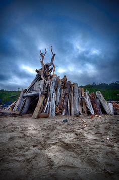 Driftwood Hut, Moolack Beach, Oregon