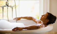 5 Reasons To Take A Bath Every Dang Day + 3 DIY Soak Recipes
