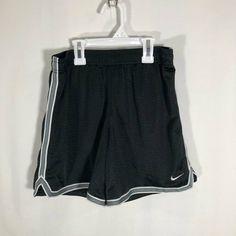 NWT Nike Air Jordan Boy XL Black//White Dri-Fit Basketball Shorts XL 18-20
