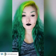 """#Repost @nimetuuuu ・・・ So tired. But yay new hair. #hermansprofessional #daisy #olivia @cybershopinsta @hermanshaircolor #selfie #cheekpiercings…"""