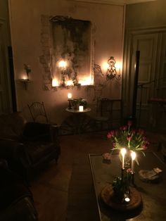 Home is Where My heart is Diy Home Decor, Room Decor, Wall Decor, Gothic Aesthetic, Roomspiration, Home Room Design, Christmas Mood, Small Room Bedroom, Chocolate Cosmos