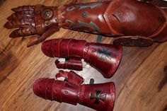 Child leather gauntlets by AtelierFantastique